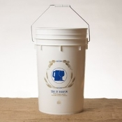 6.5 Gallon Bottling Bucket